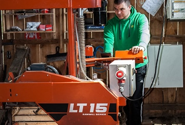 LT15 sparks family sawmilling business in Ukraine
