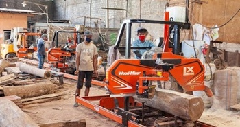 In Indonesia old sawmills are replaced with Wood-Mizer...